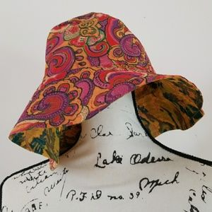 Lucky Reversable Women's Floppy Bucket hat